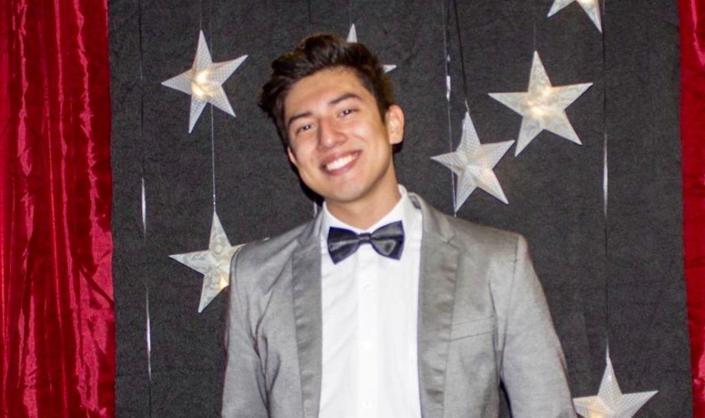 Mellon Mays Undergraduate Fellow Jonathan Peraza