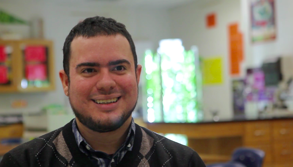 STEM Experts in the Classroom: 3 Questions with Woodrow Wilson Teaching Fellow Derikson Rivera
