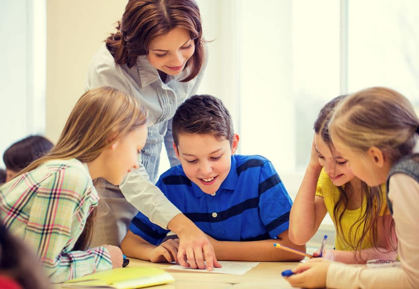 12 International English Teaching Fellowships 12 International English Teaching Fellowships
